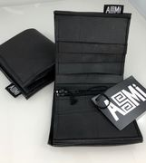 Asmi Wallet made of recycled rubber